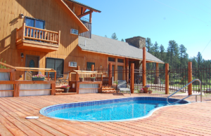 Mickelson Trail Lodge Pool