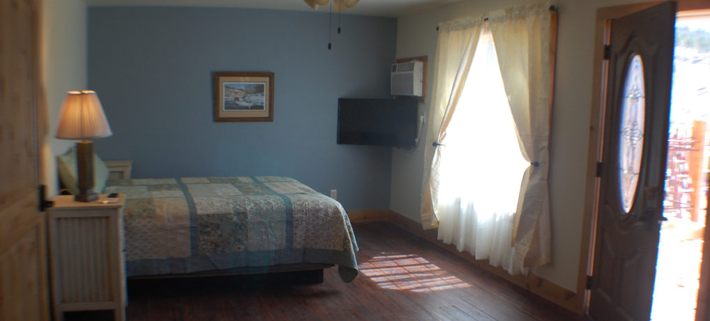 Timber Creek Vacation Rental Bedroom